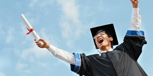 Поздравления с защитой диплома