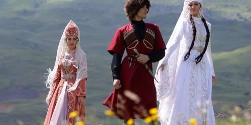 Высоко-высоко в горах: кавказские тосты.Часть 3
